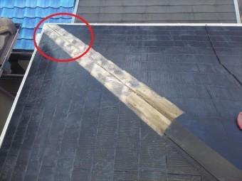 屋根棟板めくり状況