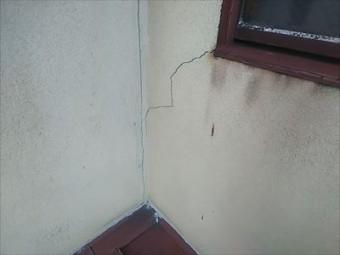 壁 クラック