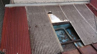 屋根取合の谷 破損