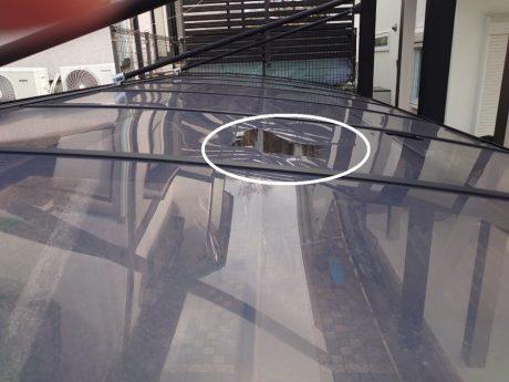和泉市で駐車場屋根ポリカー平板の復旧工事を施工しました