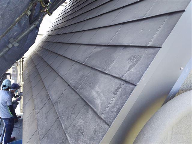 屋根鋼板一文字葺き