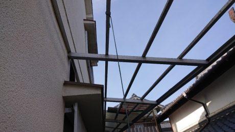 テラス屋根破損状況