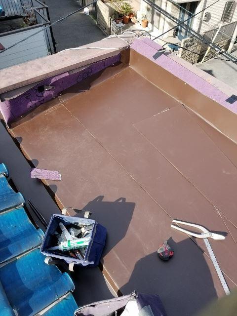 鋼板平葺き施工