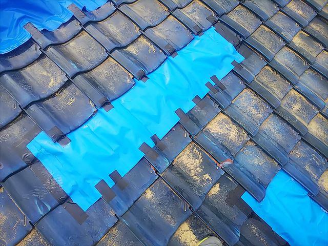 屋根地瓦シート養生完了