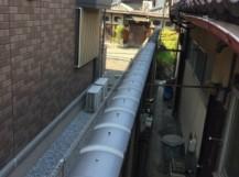 土塀冠瓦積み替え完了