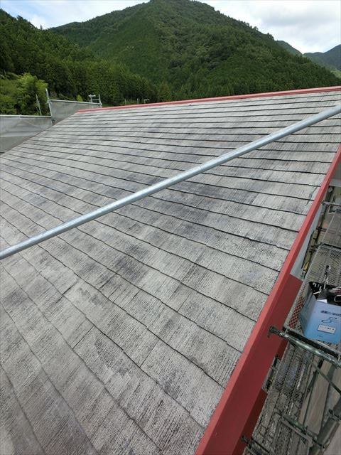 屋根塗装 下塗り(シーラー)完了