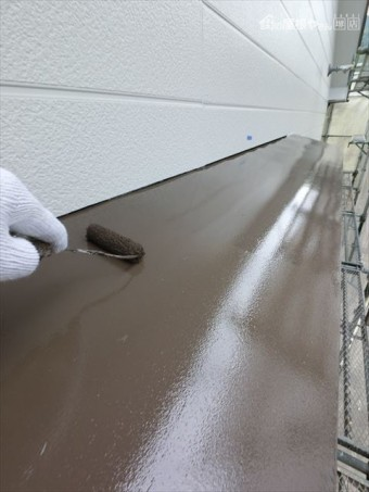 外壁塗装 庇上塗り