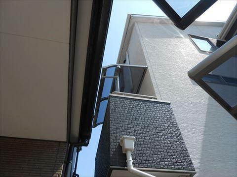 バルコニー屋根設置完了