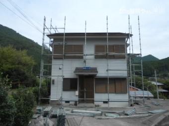 足場設置 屋根・外壁塗装