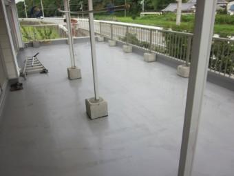 2階ベランダ 防水完了後手すり設置