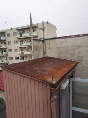 屋上屋根の鋼板葺き錆、腐食状況