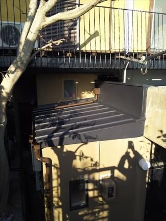 ガルバリウム鋼板たて平葺き、立上げ・笠木・ケラバ板金仕舞い