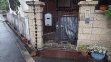 門扉塗装と飾り樋修復