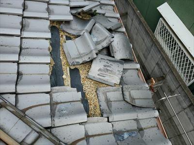 台風21号被害 瓦めくれ 飛散