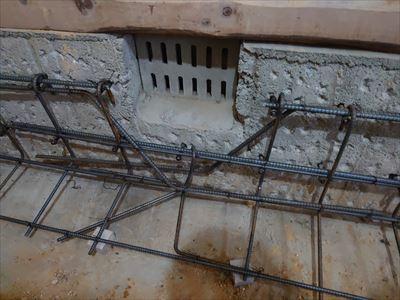 基礎コンクリート 配筋 床下換気口