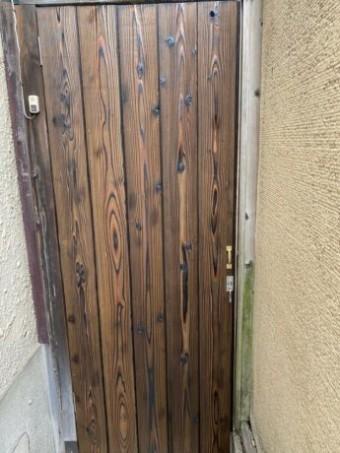 通路木戸取り替え完了