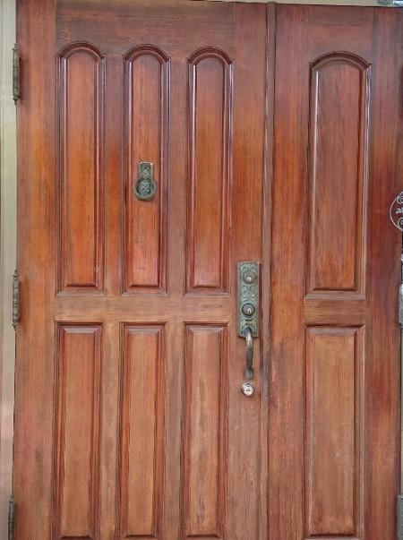 玄関扉 塗装工事前 木製ドア